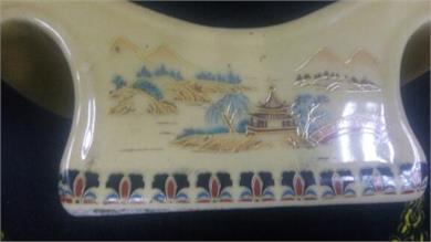 东洋人物瓷枕