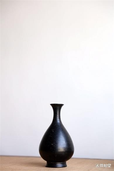 黑陶玉壶春瓶