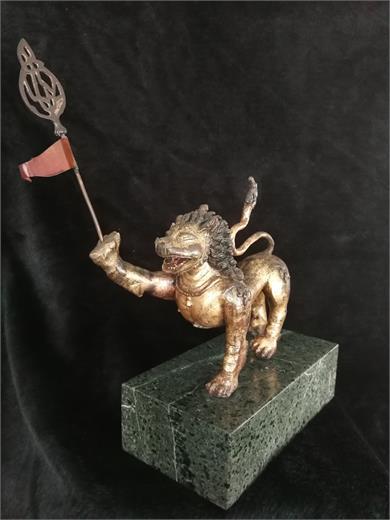 铜鎏金雪山狮