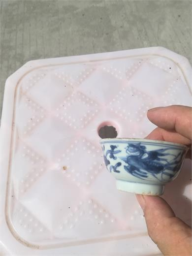 青花穿花凤纹小碗