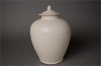 唐代白釉盖罐(万年罐)
