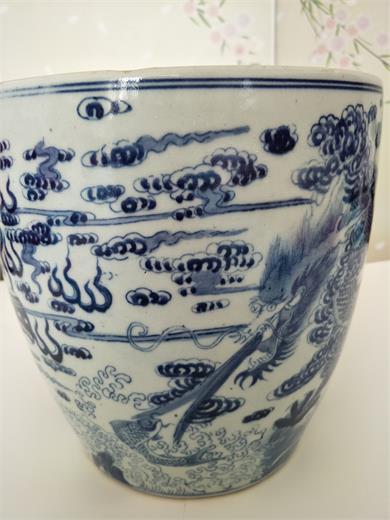 明清青花瓷缸
