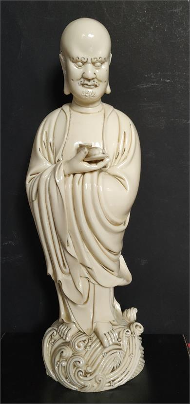 清早期仿何朝宗款德化窑达摩渡海瓷雕像